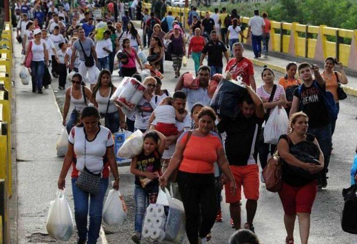 Venezuelans Smuggle Food Across Border To Avoid Starving